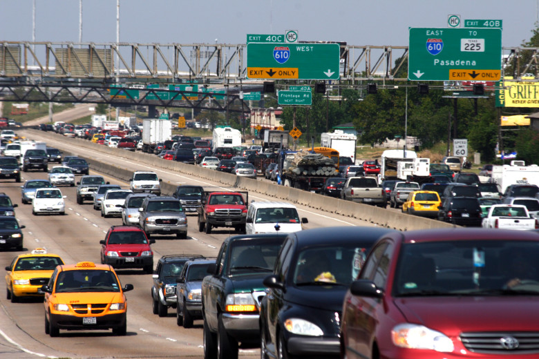 Houston, TX, September 21, 2005- Traffic jammed the freeways as Houstonians fled the on-coming hurricane.   Recent memories of Hurricane Katrina sent people scrambling to prepare for Hurricane Rita.  Photo by Ed Edahl/FEMA